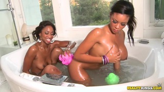 In the bathtub with Jade Nacole and Sky Banks Thumbnail