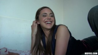 Cheerful curvy slut Sabrina Taylor gags while giving a head Thumbnail